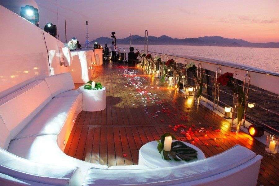Yacht & Cruise Parties